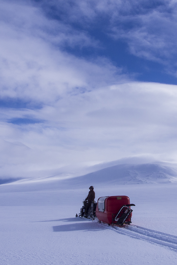 2-day Bespoke snowmobile family adventure-Årrenjarka